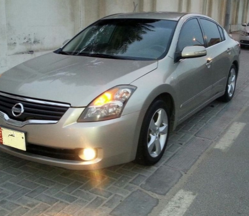 Used Nissan Altima For Sale in Doha-Qatar #5258 - 1  image