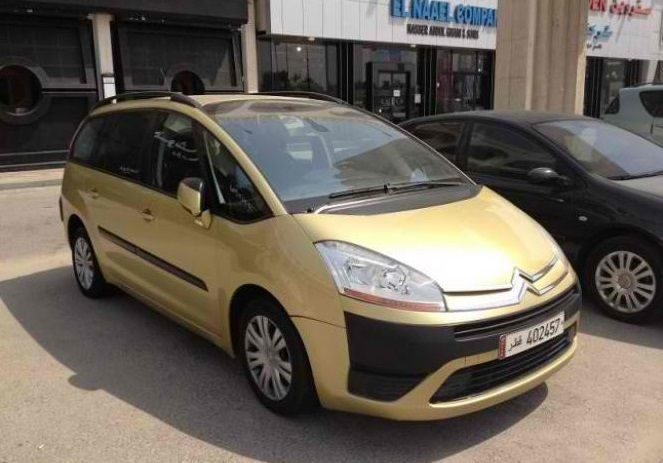 Used Citroen Xsara Picasso For Sale in Al-Sadd , Doha-Qatar #6301 - 1  image