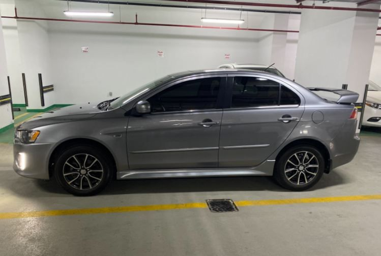 Used Mitsubishi Lancer For Sale in Doha-Qatar #6467 - 1  image