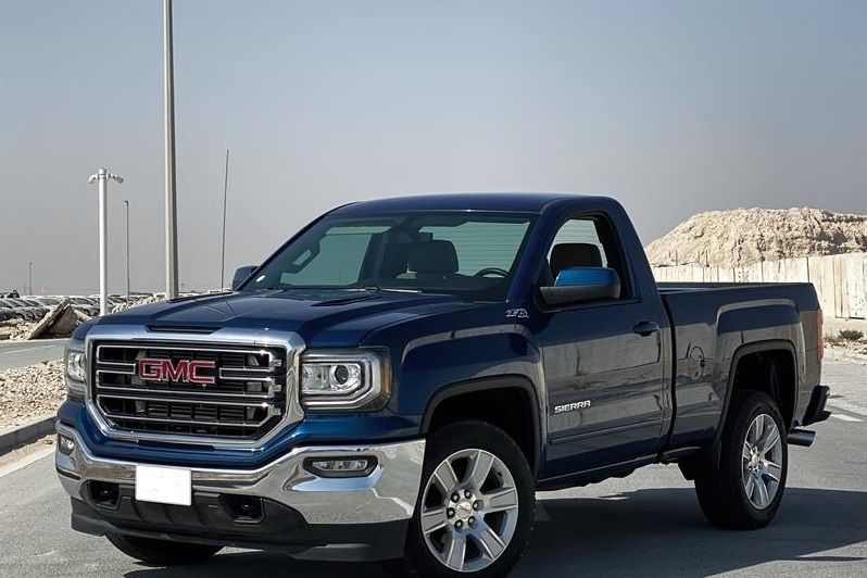 Used GMC Sierra For Sale in Doha-Qatar #6602 - 1  image