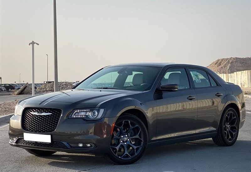 Used Chrysler Unspecified For Sale in Doha-Qatar #6684 - 1  image