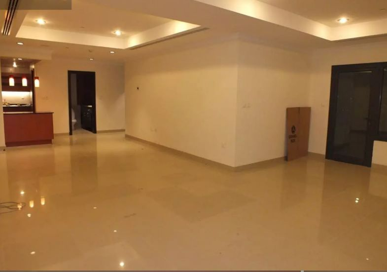 Residential Developed 2 Bedrooms S/F Apartment  for sale in The-Pearl-Qatar , Doha-Qatar #10004 - 1  image