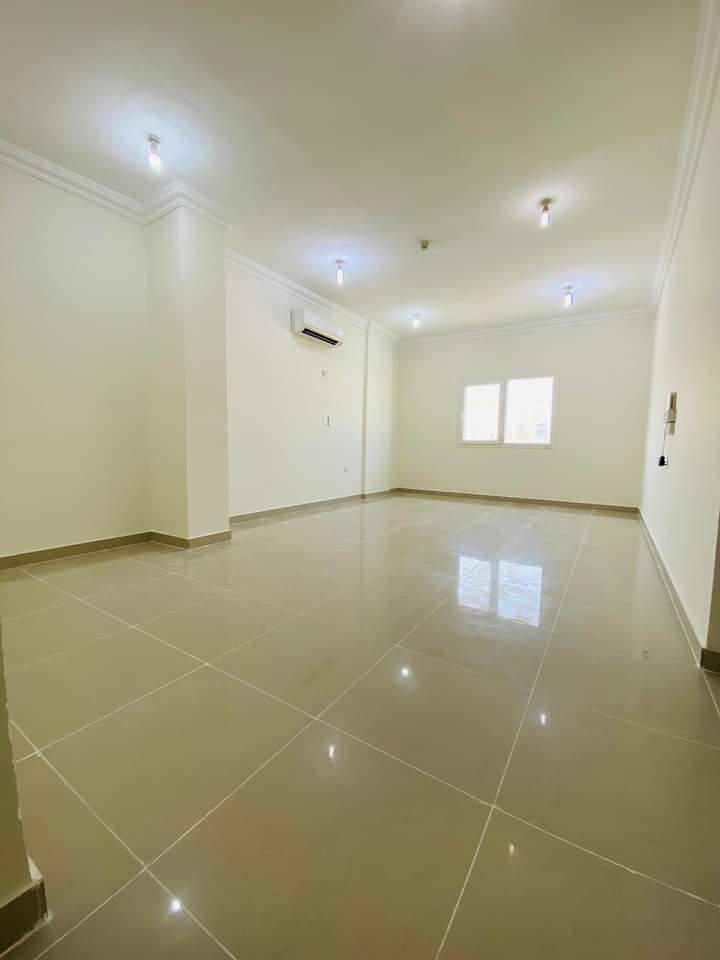 Residential Property 3 Bedrooms U/F Apartment  for rent in Old-Airport , Doha-Qatar #10474 - 1  image
