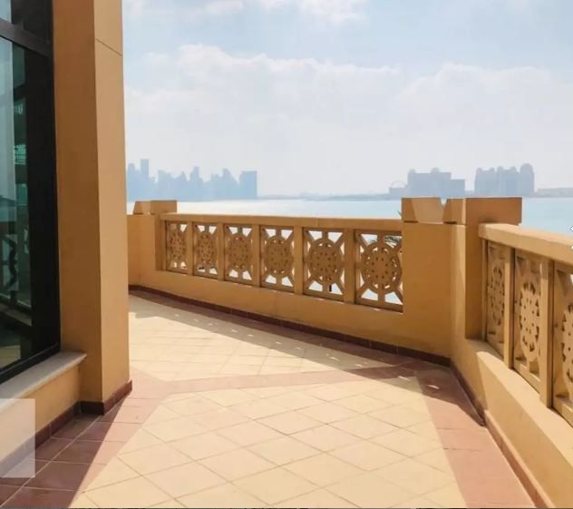 Residential Property 4 Bedrooms S/F Townhouse  for rent in The-Pearl-Qatar , Doha-Qatar #10492 - 1  image