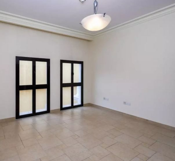 Residential Developed 1 Bedroom S/F Apartment  for sale in The-Pearl-Qatar , Doha-Qatar #10904 - 1  image