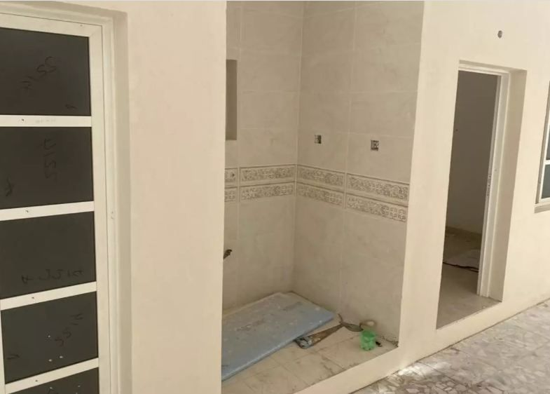 Residential Developed 7 Bedrooms U/F Standalone Villa  for sale in Umm Salal Mohamed , Doha-Qatar #10936 - 2  image