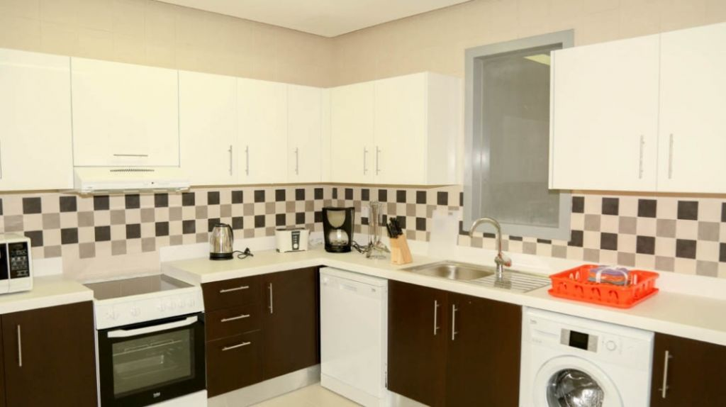 Residential Property 2 Bedrooms F/F Apartment  for rent in Fereej-Bin-Mahmoud , Doha-Qatar #10940 - 2  image