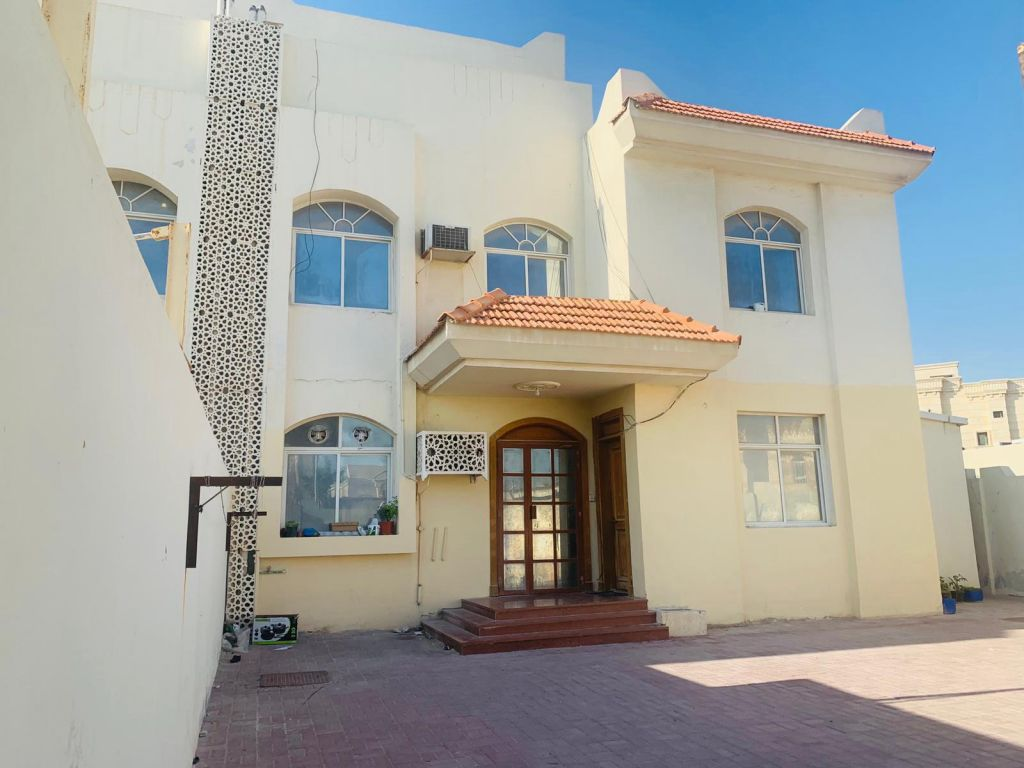 Residential Property 1 Bedroom S/F Apartment  for rent in Abu-Hamour , Doha-Qatar #10972 - 1  image