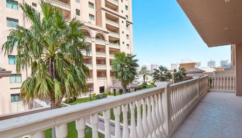 Residential Developed 1 Bedroom S/F Apartment  for sale in The-Pearl-Qatar , Doha-Qatar #10997 - 1  image