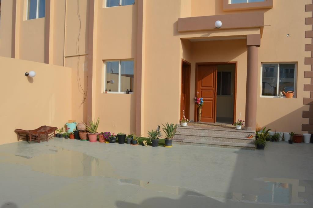 Residential Property 1 Bedroom S/F Apartment  for rent in Abu-Hamour , Doha-Qatar #11000 - 1  image