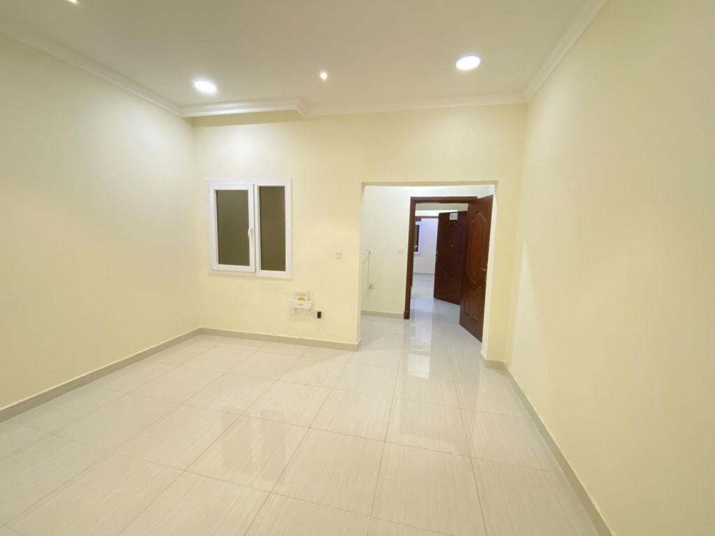 Residential Property 1 Bedroom U/F Apartment  for rent in Abu-Hamour , Doha-Qatar #11003 - 1  image
