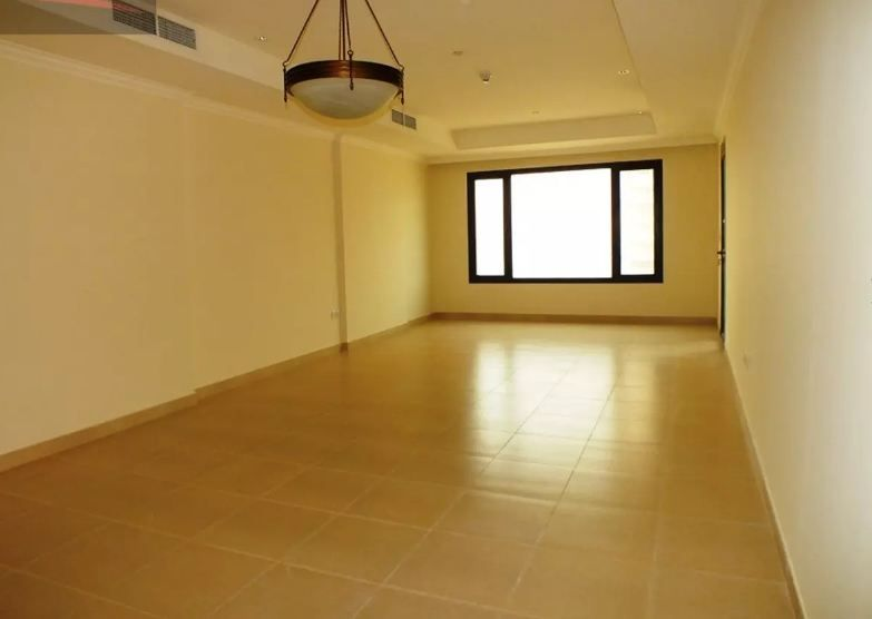 Residential Developed 1 Bedroom S/F Apartment  for sale in The-Pearl-Qatar , Doha-Qatar #11036 - 1  image