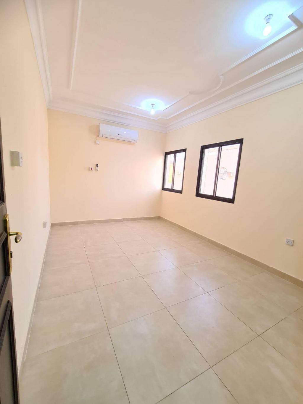 Residential Property 1 Bedroom U/F Apartment  for rent in Old-Airport , Doha-Qatar #11209 - 1  image