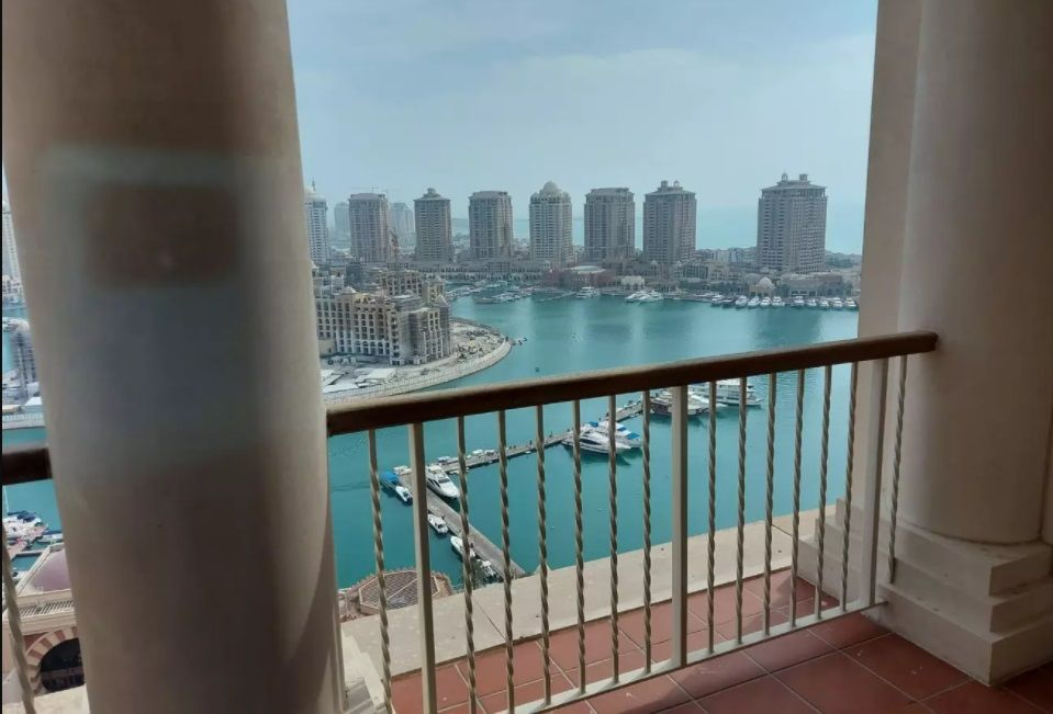 Mixed Use Property 5 Bedrooms U/F Tower  for rent in The-Pearl-Qatar , Doha-Qatar #11404 - 1  image