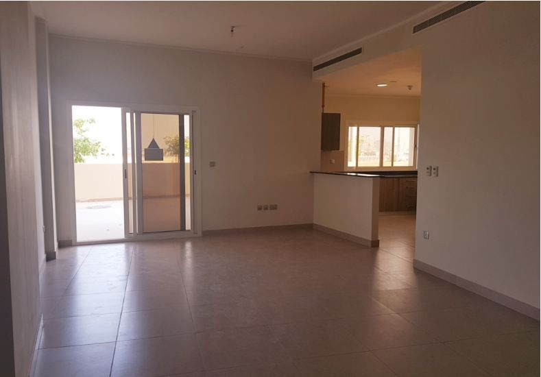Residential Developed 2 Bedrooms U/F Apartment  for sale in Lusail , Doha-Qatar #13965 - 1  image
