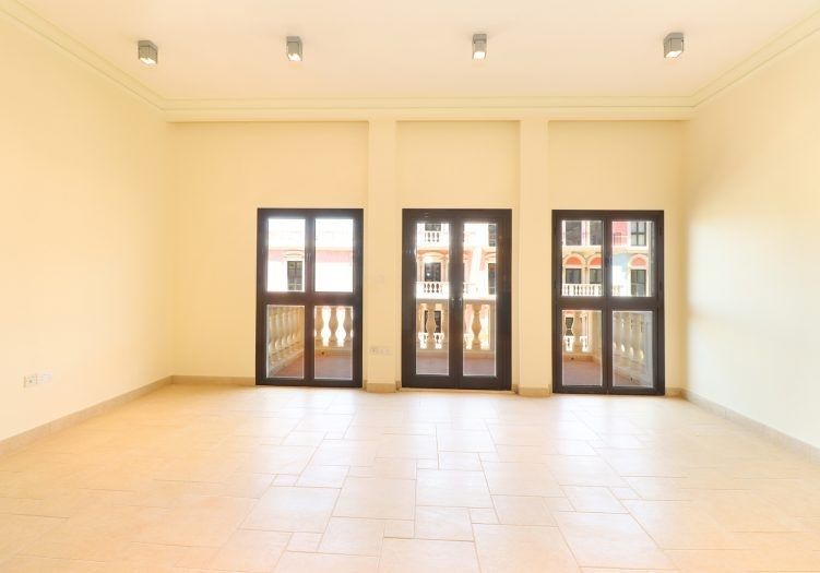 Residential Developed 1 Bedroom S/F Apartment  for sale in The-Pearl-Qatar , Doha-Qatar #14183 - 2  image