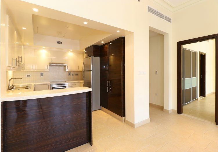 Residential Developed 1 Bedroom S/F Apartment  for sale in The-Pearl-Qatar , Doha-Qatar #14183 - 3  image