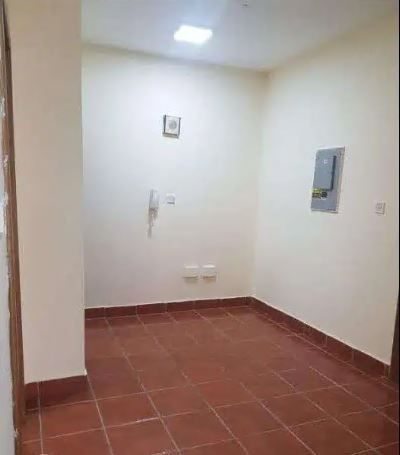 Residential Property 1 Bedroom U/F Apartment  for rent in Old-Airport , Doha-Qatar #14274 - 1  image
