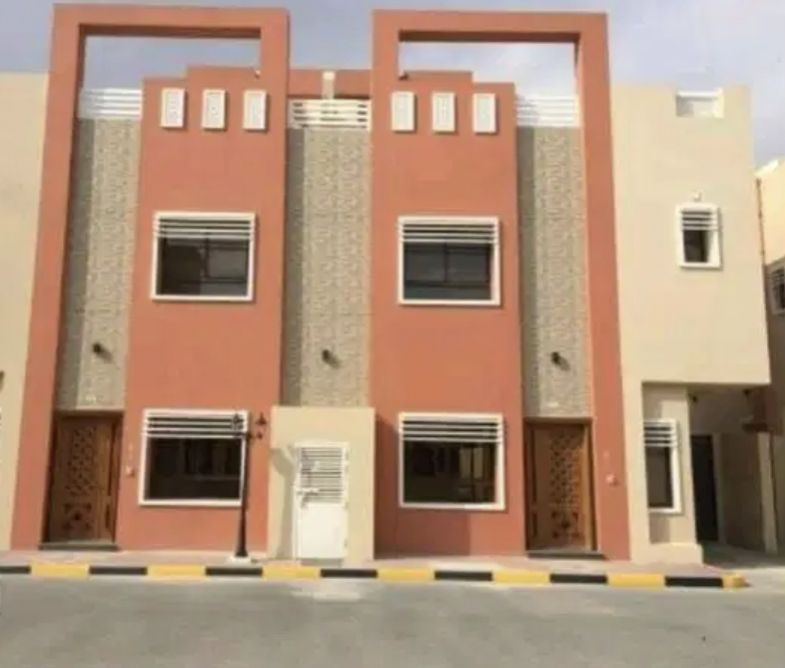 Residential Developed 5 Bedrooms U/F Villa in Compound  for sale in Umm Salal Ali , Doha-Qatar #14713 - 1  image