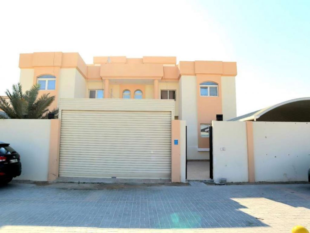 Residential Property 1 Bedroom U/F Apartment  for rent in Al Wakrah #14821 - 1  image
