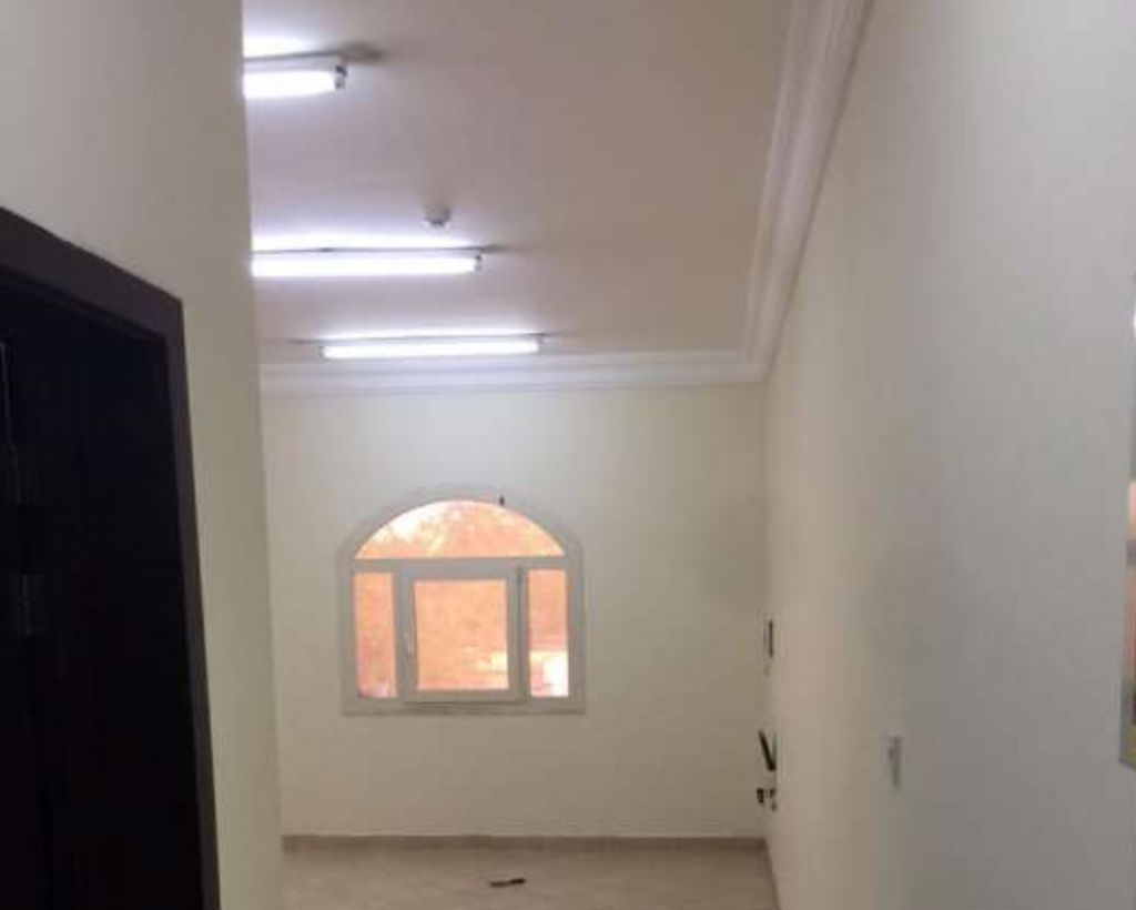 Residential Property 3 Bedrooms U/F Apartment  for rent in Al Wakrah #14828 - 1  image