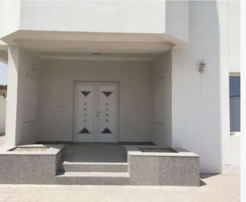 Residential Developed 7 Bedrooms F/F Standalone Villa  for sale in Al-Rayyan #14977 - 1  image