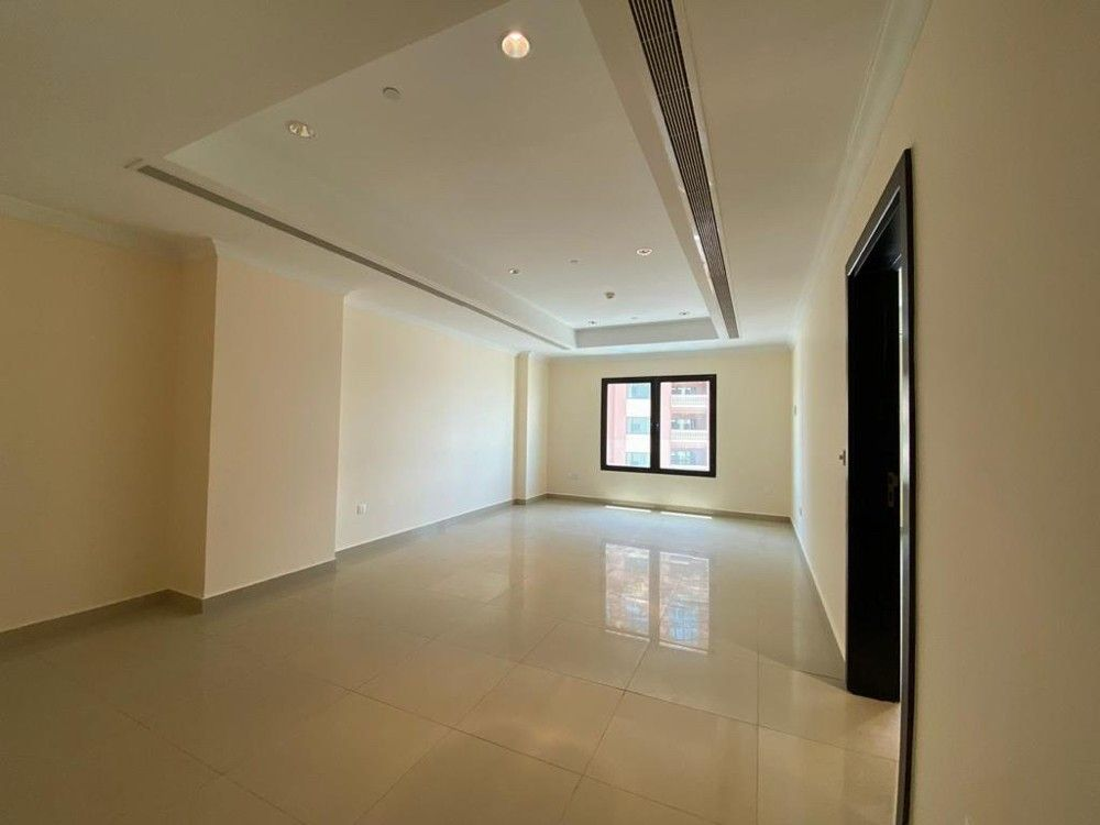Residential Developed 1 Bedroom S/F Apartment  for sale in The-Pearl-Qatar , Doha-Qatar #15068 - 1  image