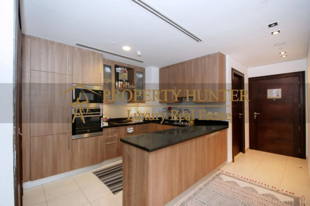 Residential Developed 1 Bedroom S/F Apartment  for sale in The-Pearl-Qatar , Doha-Qatar #6887 - 4  image