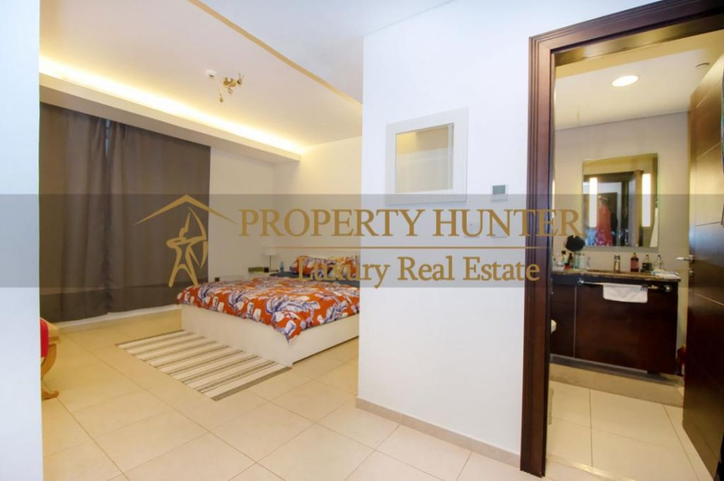 Residential Developed 1 Bedroom S/F Apartment  for sale in The-Pearl-Qatar , Doha-Qatar #6887 - 5  image