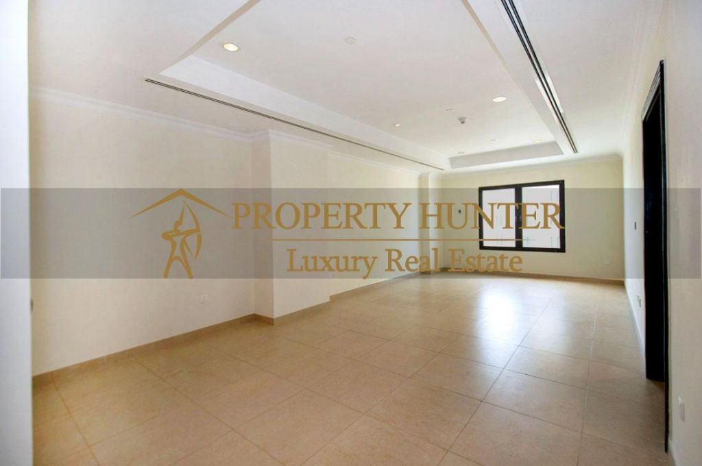 Residential Developed 1 Bedroom U/F Apartment  for sale in The-Pearl-Qatar , Doha-Qatar #6925 - 3  image