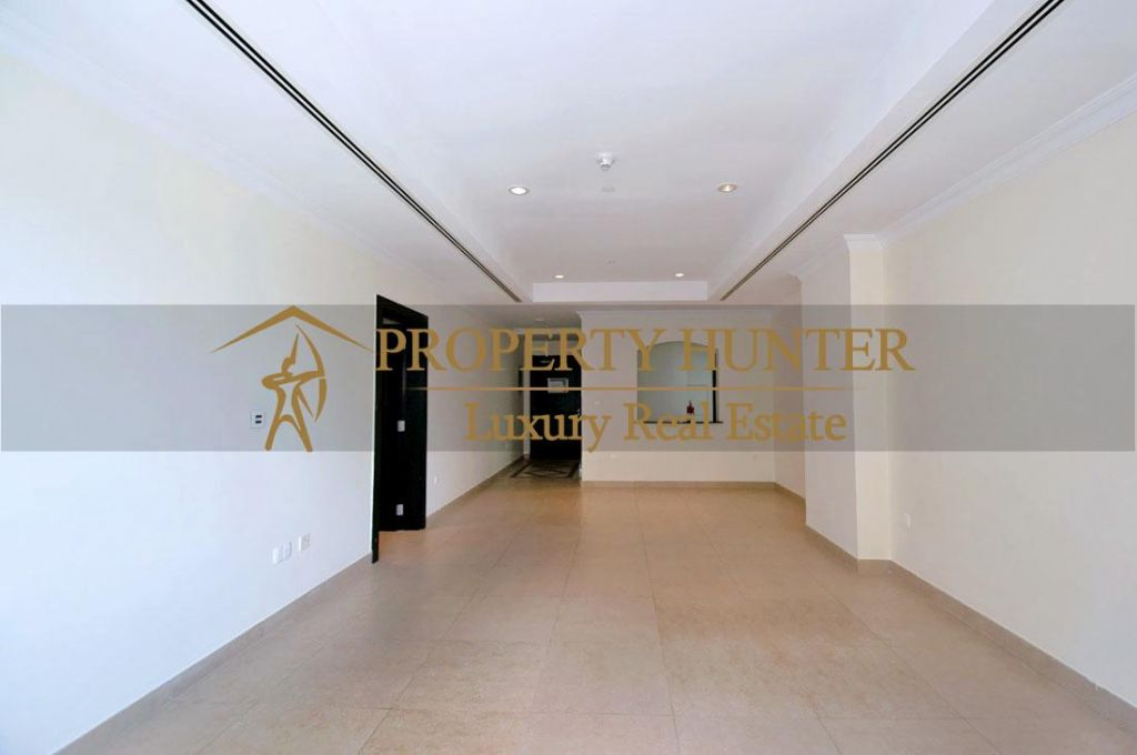 Residential Developed 1 Bedroom U/F Apartment  for sale in The-Pearl-Qatar , Doha-Qatar #6925 - 5  image