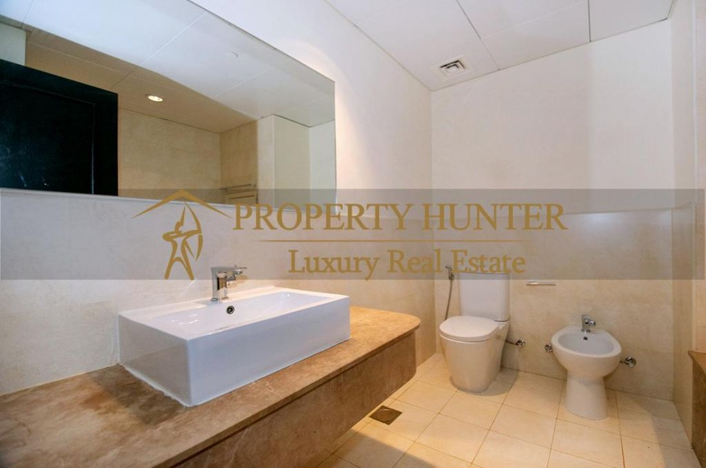 Residential Developed 1 Bedroom U/F Apartment  for sale in The-Pearl-Qatar , Doha-Qatar #6925 - 8  image