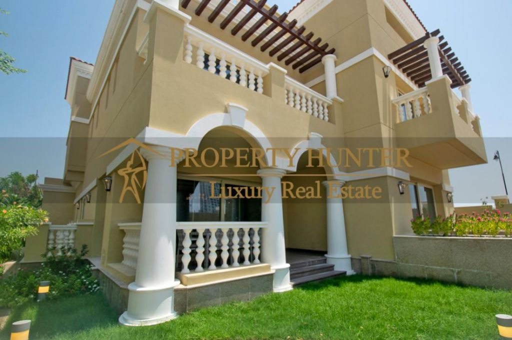 Residential Developed 5+maid Bedrooms S/F Villa in Compound  for sale in The-Pearl-Qatar , Doha-Qatar #6979 - 1  image