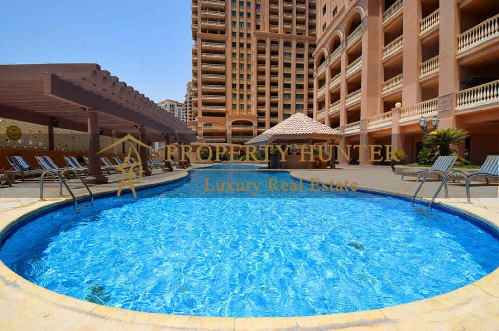 Residential Developed 1 Bedroom S/F Apartment  for sale in The-Pearl-Qatar , Doha-Qatar #6990 - 1  image