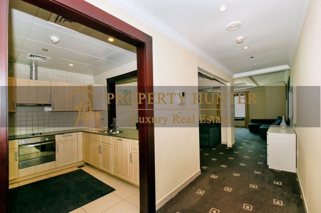 Residential Developed 1 Bedroom S/F Apartment  for sale in The-Pearl-Qatar , Doha #7013 - 5  image