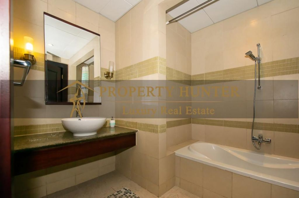 Residential Developed 1 Bedroom S/F Apartment  for sale in The-Pearl-Qatar , Doha #7013 - 8  image
