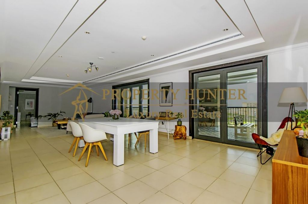 Residential Developed 2+maid Bedrooms S/F Apartment  for sale in The-Pearl-Qatar , Doha-Qatar #7024 - 3  image