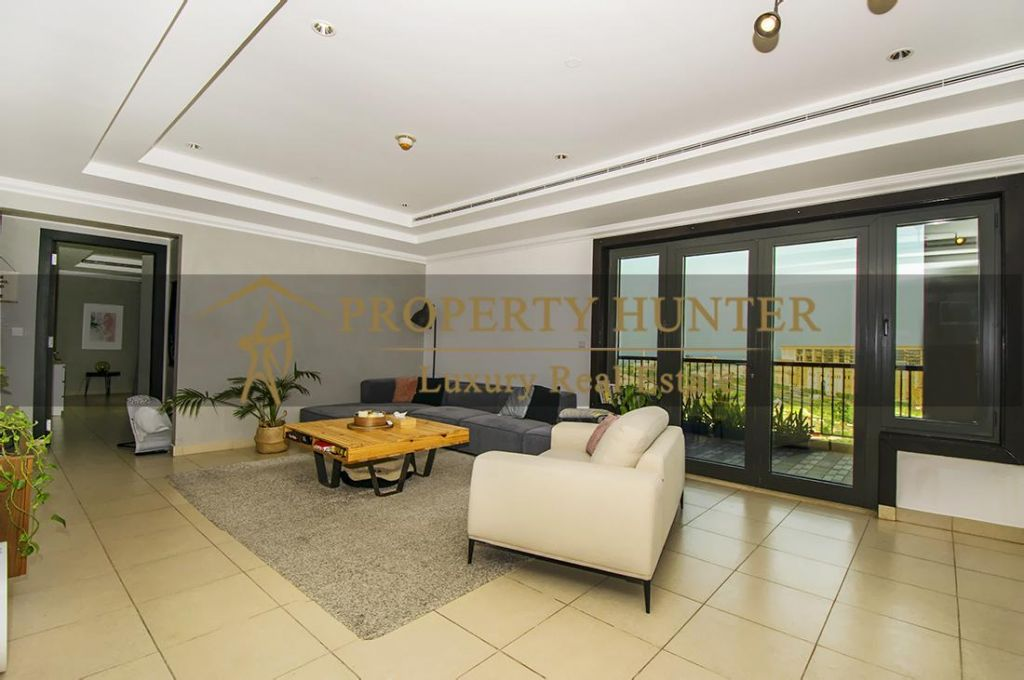 Residential Developed 2+maid Bedrooms S/F Apartment  for sale in The-Pearl-Qatar , Doha-Qatar #7024 - 4  image