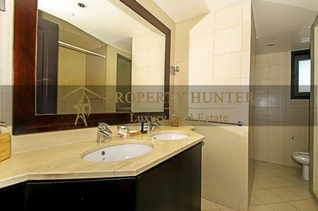 Residential Developed 2+maid Bedrooms S/F Apartment  for sale in The-Pearl-Qatar , Doha-Qatar #7024 - 8  image