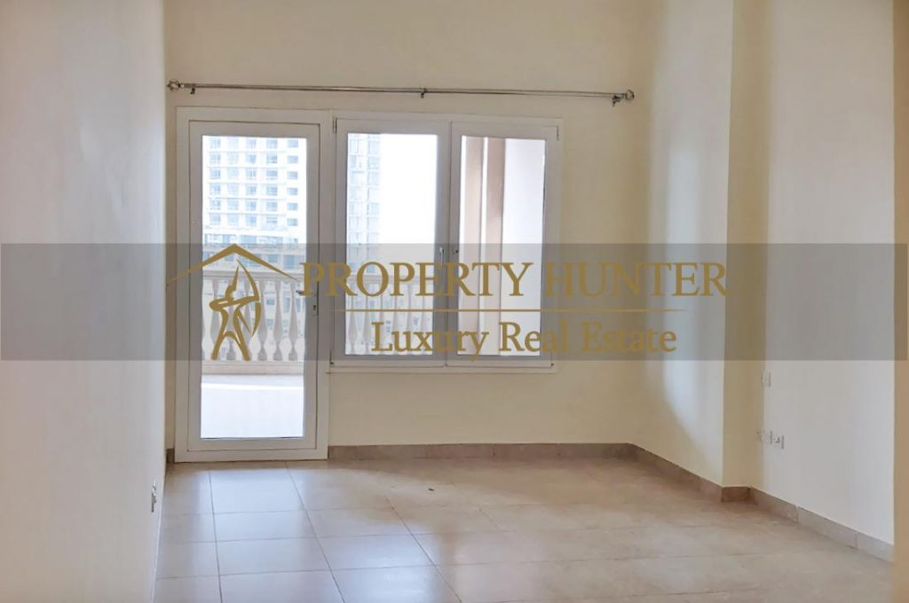Residential Developed 1 Bedroom S/F Apartment  for sale in The-Pearl-Qatar , Doha-Qatar #7040 - 5  image