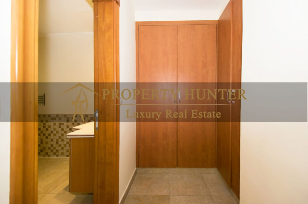 Residential Developed 1 Bedroom S/F Apartment  for sale in The-Pearl-Qatar , Doha #7060 - 7  image