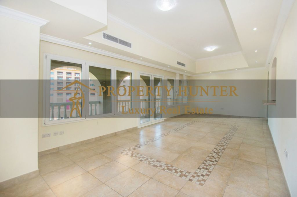 Residential Developed 1 Bedroom S/F Apartment  for sale in The-Pearl-Qatar , Doha #7060 - 4  image