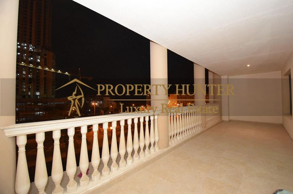 Residential Developed 1 Bedroom S/F Apartment  for sale in The-Pearl-Qatar , Doha-Qatar #7063 - 9  image