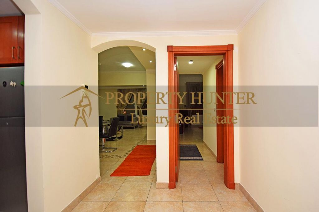 Residential Developed 1 Bedroom S/F Apartment  for sale in The-Pearl-Qatar , Doha-Qatar #7063 - 7  image