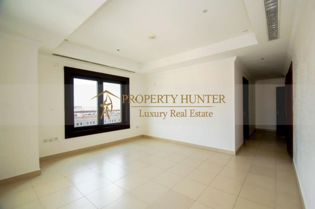 Residential Developed 2+maid Bedrooms S/F Apartment  for sale in The-Pearl-Qatar , Doha-Qatar #7375 - 7  image