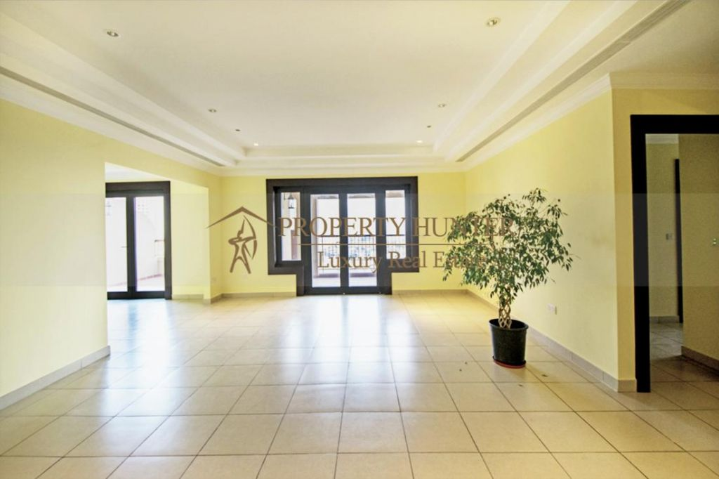 Residential Developed 2+maid Bedrooms S/F Apartment  for sale in The-Pearl-Qatar , Doha-Qatar #7375 - 3  image