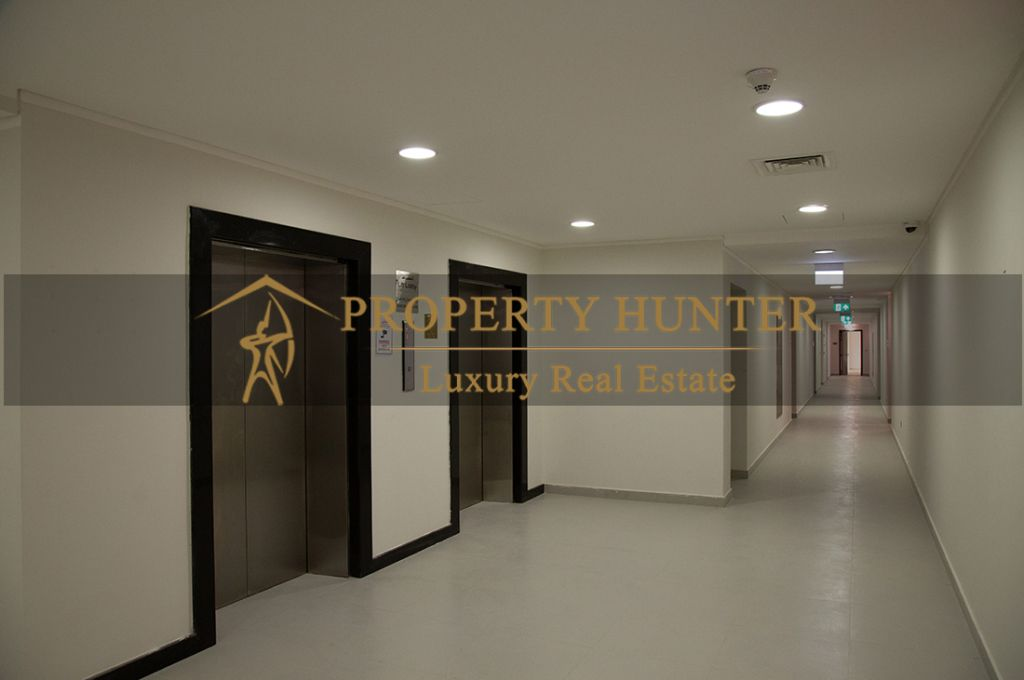 Residential Developed 3+maid Bedrooms U/F Apartment  for sale in Lusail , Doha-Qatar #7442 - 4  image