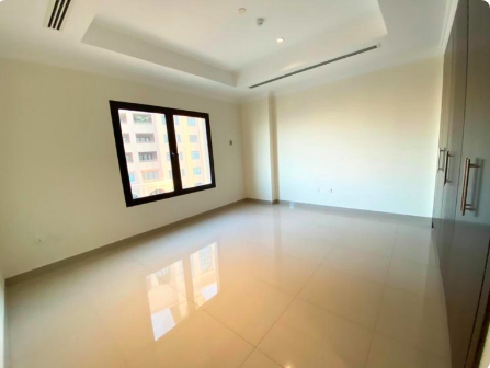 Residential Developed 3 Bedrooms U/F Apartment  for sale in The-Pearl-Qatar , Doha-Qatar #7620 - 1  image