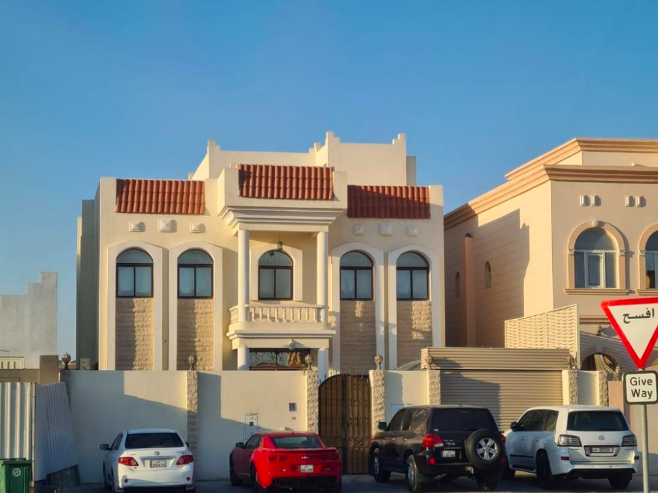 Residential Developed 6+maid Bedrooms U/F Standalone Villa  for sale in Umm Salal Ali , Doha-Qatar #7692 - 1  image