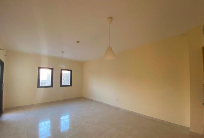 Residential Developed Studio U/F Apartment  for sale in Lusail , Doha-Qatar #7826 - 1  image